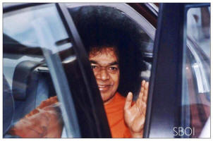 Bhagawan Sri Sathya Sai Baba inside the car