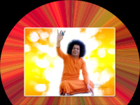 new-sri-sathya-sai-baba-showing-lingam-with-his-hand-in-the-air